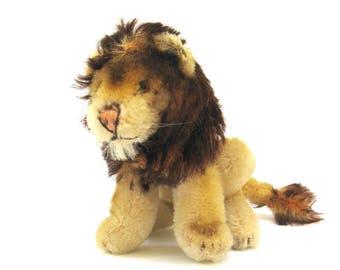 leo   ...   charming vintage steiff lion