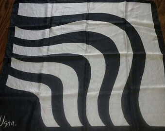 Vintage Vera Neumann Mod Scarf Black and White