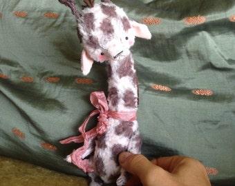9 inch Artist Handmade Viscose Teddy Giraffe Pinky by Sasha Pokrass