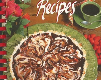"""Oxmoor House 1998 Hometown Collection """"America's Best Recipes"""" Cookbook"""