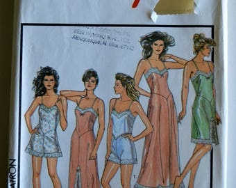 Style 1465 Sewing Pattern 1980's Misses Lingerie Nightgown Knickers Camisole Medium UNCUT