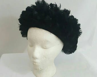 Vintage 1960s Black Feathered Pill Box Derby Hat