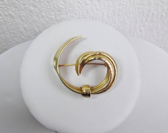Medium Gold Base Clef Style Brooch with Diamante Centre, Vintage Brooch, Scarf Pin, Costume Jewellery, Vintage Accessory, Vintage Jewellery