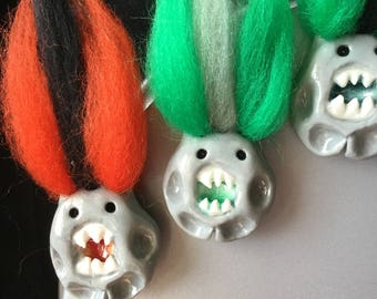 Thumb Drop Glass Belly Monster Magnets