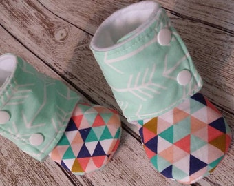 booties - baby shoes - stay on shoes - arrow - soft soled shoes - non slip shoes - baby booties - slippers - cute baby shoes - geometric