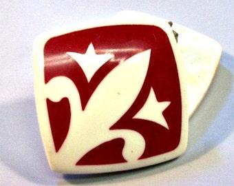 Vintage Lucite Fleur De Lis Earrings, Red / White, Mid Century Retro Clip Ons, Fleur Di Lis, Fleur Dis Lis, Fleure Dis Lis, VisionsOfOlde