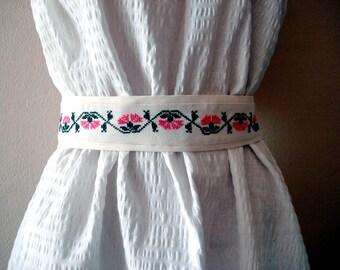 Vintage linen cross stitched obi sash belt, Embroidered belt Cross Stitched Flower and Leaf Pink Green