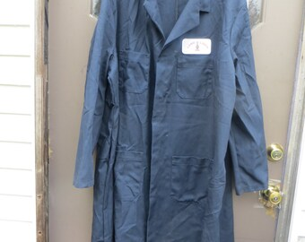 vintage 2   navy blue industrial long work lab coats    by RED kAPP     SZ 54  Land o Lakes patch on 1