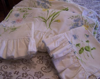 Vintage Queen Sheet Set,(4)Pcs, Ruffled Floral, Springmaid, Percale, Top & Bottom Sheet + 2 Pillowcases, Pastels, Spring Flowers