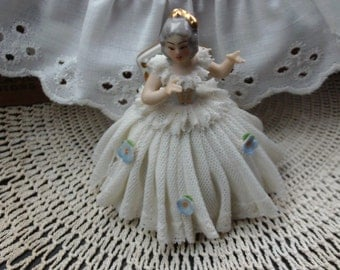 Dresden Seated Lady Figurine, Porcelain Lace Figurine, Collectible Figurine, Woman Figurine