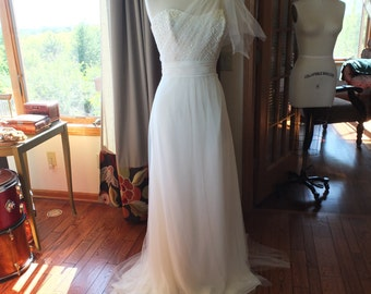 Soft Tulle informal strapless wedding dress beaded bodice Sale bridal gown sz 14