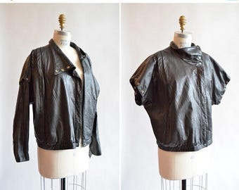 30% OFF storewide // Vintage 1980s leather MOTO jacket