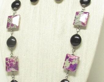 "32"" Purple and Black Necklace Set"