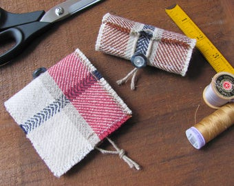 Travel Needle Storage Case, Quilting Embroidery Needlework Pins & Needle Book Sewing Notions Gift, Rolled Hand Woven Plaid Needle Holder