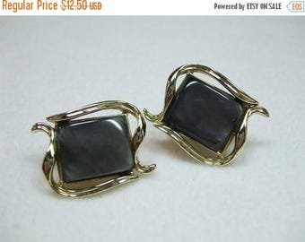 SALE 50% OFF Vintage Dark Gray Thermoset  Earrings Signed Coro
