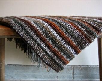 Small Crochet Stripe Throw