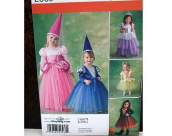 Toddler Girl's Halloween Costume Pattern - Simplicity 2569 - Uncut
