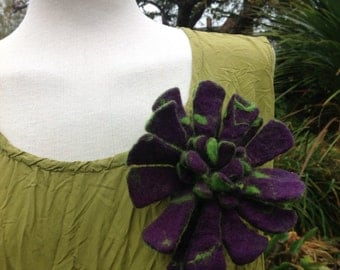 Purple felted wool flower brooch pin -  green accents -  chrysanthemum artisan made
