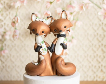 Fox Wedding Cake Topper with Two Red Foxes by Bonjour Poupette