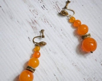 Birthday Sale - 30s Glass Earrings - Vintage 1930s Dangle Earrings - Fresh Squeezed Earrings