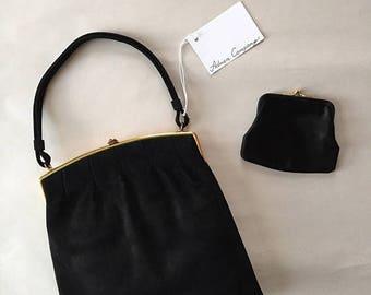30% OFF SALE... 1930s top handle purse | black suede framed kiss lock purse