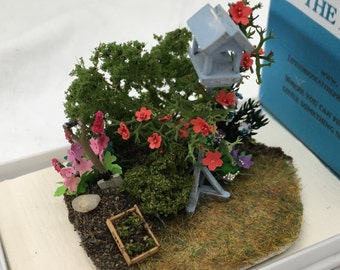 Dolls House Miniatures - Hand Made Garden Bird Table Scene (1/48th, 1/4inch, quarter scale) - NEW SPRING 2017