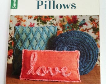 Best of Sew News Pollows by Leisure Arts. Pillow Making Pattern Book from Sew News. Hand Made Pillows for Home, Pillow Sewing, Gift for Her