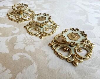 Vintage Drawer Pulls Knobs With Back Plates Set of 3 by JB 1968, Mid Century Brass Hardware White Gold, Ornate Fleur de Lis