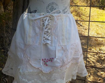 country girl calico + lace up skirt, bohemian hippy, sweet, summer,  s, m