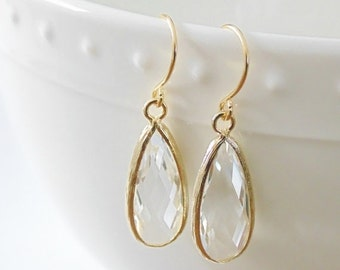 SALE Clear earrings Bridal earrings Bridesmaid earrings Gift for her Dangle earrings Tear drop earrings Crystal earrings Clear glass earring