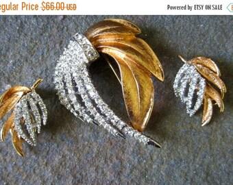 On Sale Vintage Brooch . Earrings Set Rhinestone 60s. Spray Brooch
