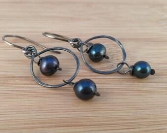 Navy Pearl Rustic Earrings. Indigo Blue Freshwater Pearl Earrings. Oxidized Sterling Silver Long Earrings. Wire Wrapped Silver Hoops