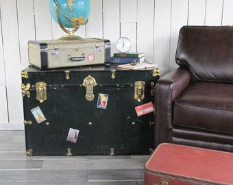 Large Dark Green Steamer Trunk - Storage Trunk - Great for TV Stand, Side Table, Decorating!
