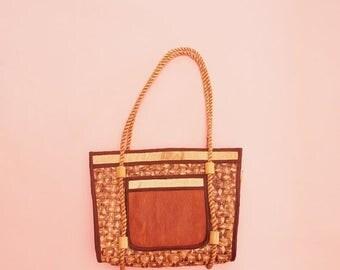 SALE 50s 60s Raffia Bag // Woven Purse // Wicker Purse // Tiki Handbag // Tropical Bag // Vintage Bag