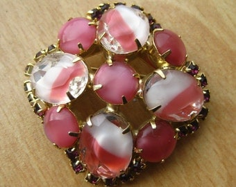 Vintage 50s Pink Faceted Givre Jeweled Glass Rhinestone Gold Brooch Pin