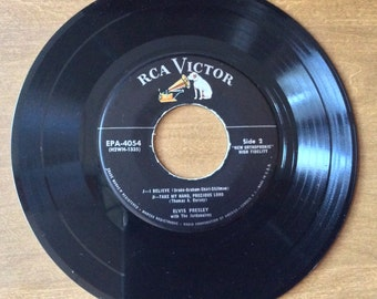 Elvis Presley EPA 45 Record RCA Record Label Side 1..Peace In The Valley/There' No Secret & Side 2..I Believe/Take My Hand Precious Lord