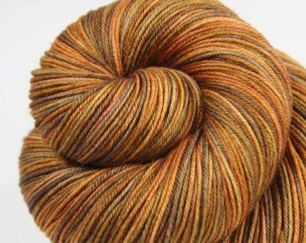 PIETA ALCOVE: Superwash Merino - Fingering / Sock Yarn - Hand dyed sock yarn - Variegated sock yarn - Brown orange sock yarn - Indie dyed
