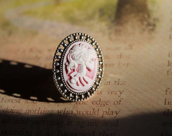 Hazy Red Lady Death Ring