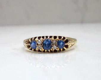 Antique Diamond and Cornflower Blue Sapphire Ring set in 18k Gold with Full British Hallmarks, Size 8 // Antique Wedding Band //
