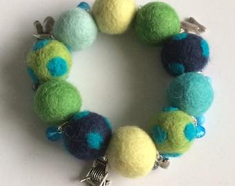 Bracelet bohemian blue lime green charms
