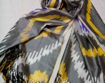 Uzbek handwoven pure silk ikat scarf Shoyi. SC026