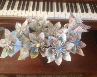 Origami Map Flower Bouquet of 8 Large Flowers