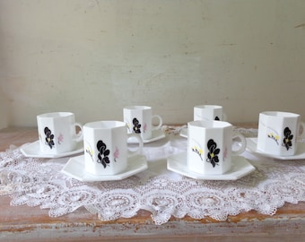 VIntage Set of 6 Arcpopal Octime Espresso cups and saucers  - white with floral motifs