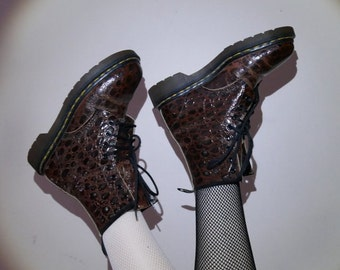 90s brown reptile print leather doc martens U.K. Size 4