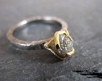 Raw Diamond Ring Size 6 Uncut Diamond Ring Rough Diamond Ring Alternative Engagement Ring Black Gold Ring Unique Engagement Ring Stacking