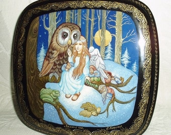 Russian Lacquer box Palekh Forest Fairytale Winter sleep miniature Hand Painted