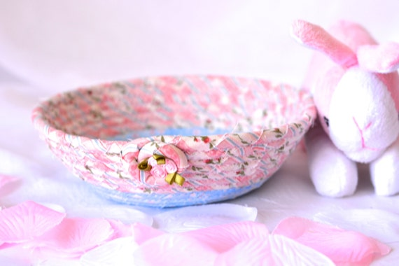 Cute Desk Accessory Bowl, Pink Fiber Basket, Shabby Chic Home Decoration, Gift Basket, Decorative Candle Holder Bowl