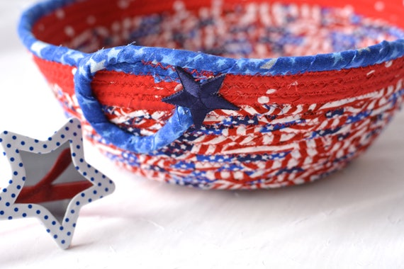 Veteran Gift Basket, Handmade Red White and Blue Party Bowl, Picnic Fabric Basket, Patriotic Decoration, Gift for Vet, Him, Dad