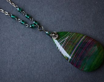 Striped Agate Wire Wrapped Necklace, Beaded Necklace, Green, Purple, Gunmetal Necklace, Long Necklace, Czech Necklace, SRAJD