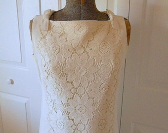 Vintage 60's ivory colored lace trim Shift Dress